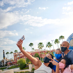 Family by Universal Orlando Resort Globe